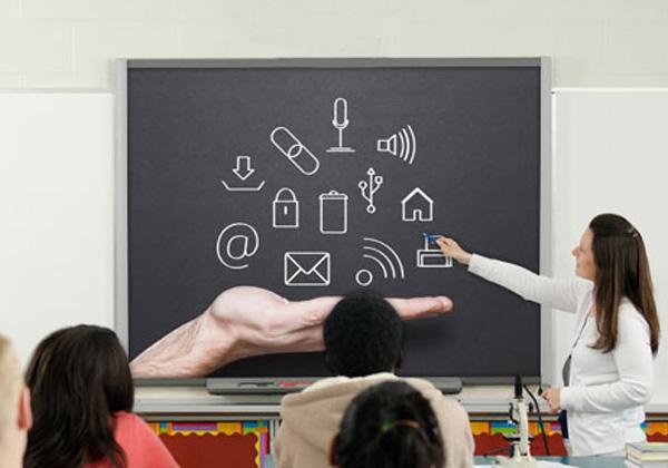 Tecnologia in Classe per Costruire Comunità