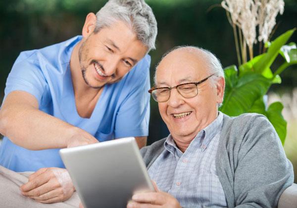 I Social Media migliorano salute e vita degli anziani
